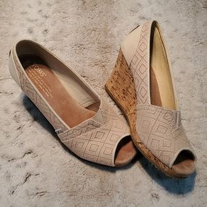 Toms Beige Canvas Open Toe Cork Wedge Sandals 7.5